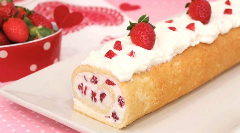 Brazo de gitano de nata y fresas con cocina con carmen - Cocina con carmen ...