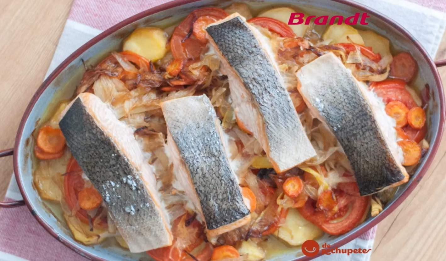 Receta Exprés Brandt: Salmón al horno con verduras