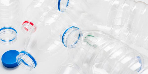 WikiBrandt: Cómo reciclar y reducir el uso del plástico